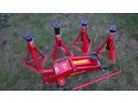 Trolley jack & four axle stands