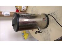 Hot water kettle for take aways £10 in full working order