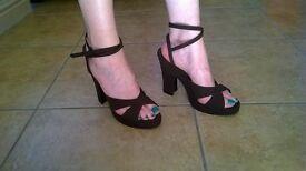 Cavela Ladies Shoes size UK 6.5 fabric dark brown