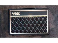 VOX Pathfinder 10B amplifier