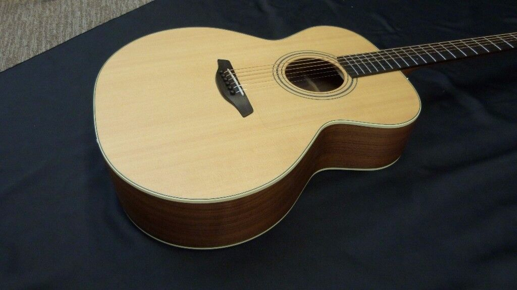 Furch S21 SW Acoustic Guitar inc Furch Deluxe Gig Bag