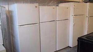Petits réfrigérateurs 22 pouces et 24 pouces de largeurs