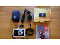 Canon Powershot A4050 16MP Camera Lens Fault SPARES OR REPAIR Incl Charger Battery Card Case