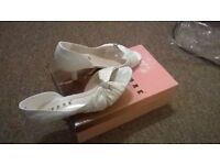 Womens White Lace Low Heel WEDDING PROM BRIDAL EVENING SHOES SIZE 3(36)