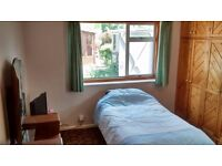 1 room in 2 bed flat in dogsthorpe