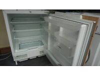 Siemens under counter fridge fully working can deliver