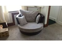 Swivel cuddle chair excellent condition
