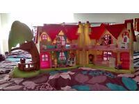 Dolls house, ELC Happyland Cherry Lane Cottage, £20