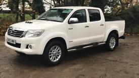 TOYOTA HILUX INVINCIBLE 3.0