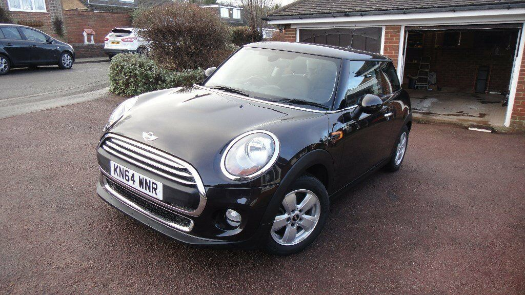 MINI ONE 1.2 Petrol Twinpower Turbo 2015 Excellent Condition in and out