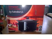 Unused and boxed Sainsburys 3.2L Slow Cooker