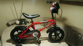 Boys Bike With stabilsers
