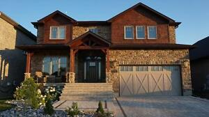 EXECUTIVE HOME IN QUIET WESTBROOK w/POOL! 742 Kananaskis
