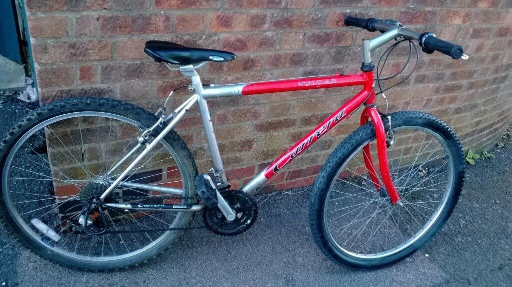 """mens carrera valcan bike 26"""" wheelsin Leicester, LeicestershireGumtree - used in working order ready to ride away 18 frame 21 speed collection from le4 / Beaumont leys do not deliver collection only non returnable sold as seen NO OFFERS"""