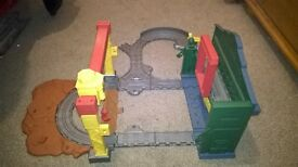 Thomas the tank engine take n play