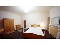 Female London House Flat Share, master Double Size Room at Single Price -- mint pie