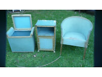 chair and two boxis