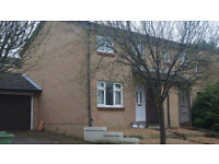 ***A TWO BEDROOM HOUSE AVAILABLE TO RENT*** 850 PCM
