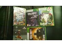 xbox 360 with games, headset ...minecraft, call of duty black ops call of duty gohsts gtav