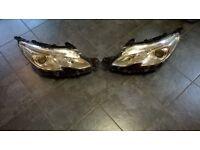 Peugeot 208 Headlights pair of