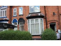 * AVAILABLE NOW * DOUBLE GLAZED * CENTRALLY HEATED * ONE BED FLAT * GAS BILL INCLUDED *