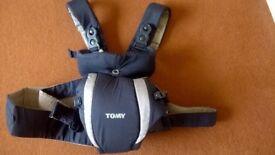 Baby Carrier - Tomy Freestye Premier - NAVY