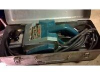 Wolf 8657 Planer Heavy Duty inc metal box