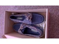 Deck shoes - Ladies - brand new