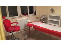 Qulified Beautician:Christmas Apponitments Pay 2 Get 3 Treatments Express, Party Eyelashes, Waxing