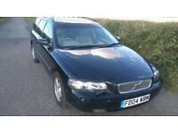 2004 04 Volvo V70 D5 manual 216,600 miles 9m MOT some scars full service history