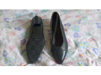 Ladies steel toecap court shoes (8)