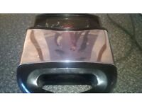 TOASTIE SANDWICH MAKER