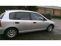 02 Honda Civic in Silver, 2 keys, only 1 former keeper. very low miles