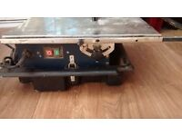 240 v Electric Water Cooled Wall and Floor Tile Cutter + 2 Spare Diamond Cutting Disks