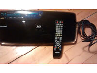 Samsung BD-P4600 XEU Working Blu-Ray DVD Disc Player Blu Ray Black with Remote Leads and Plug