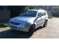 2006 ssangyong Rexton Xdi 2.7s,mercedes engine ,7 SEATER, MANUAL,met silver ,towbar