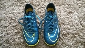 Nike Junior Astro Turf Trainers - Size 5.5