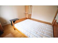 Great Travel Links! Newly Furnished Room