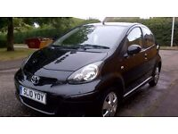 "Toyota Aygo ""Black"" excellent condition"