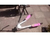 Flicker Pink and White 3 Wheeled Motion Push Scooter