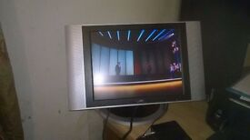 UMC 18th Silver T.V. together with Freeview Box. Very good working condition. No remote