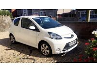 Toyota aygo fire *4 brand new tyres* *free tax* *full service history*