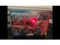 PLAYMOBIL FIRE ENGINE 5682 BRAND NEW