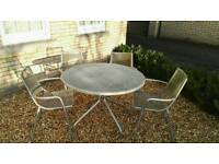 Round metal mesh table and chairs