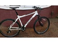 MENS CARERRA VALOUR 27.5 WHEEL LOOK AS NEW MINT