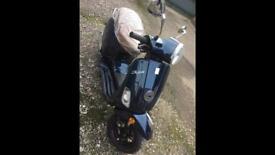 Retro 125cc scooter 2016 mint condition 0 miles