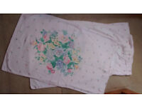 Fitted double sheet & 2 pillow cases/floral design. cotton or cotton/mix, very soft. good condition