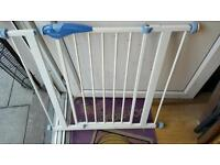 Child saftey gate for sale