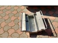 Multi tier toolbox