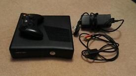 Xbox 360 4gb console with 7 games